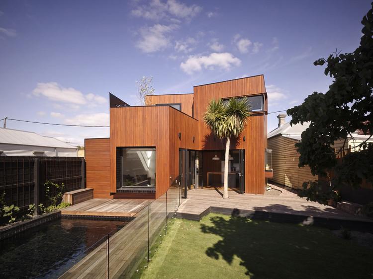 Barrow House / Austin Maynard Architects