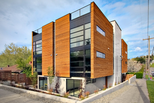 Dakota Residences / PB Elemental Architecture