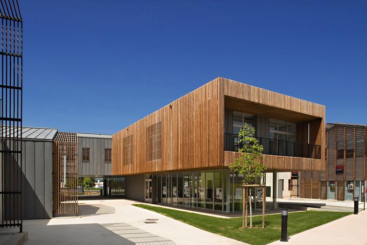 Community Center Valley of Herault / N+B Architectes
