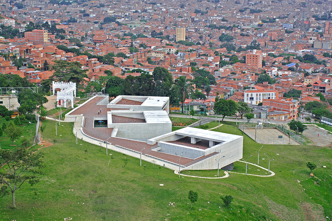 Gallery Of Leon De Grief Library Park Giancarlo Mazzanti