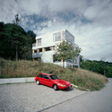 House for architects and artists / AFGH