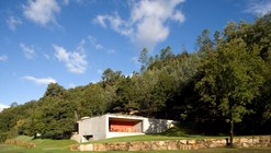 Valley House / Guilherme Machado Vaz