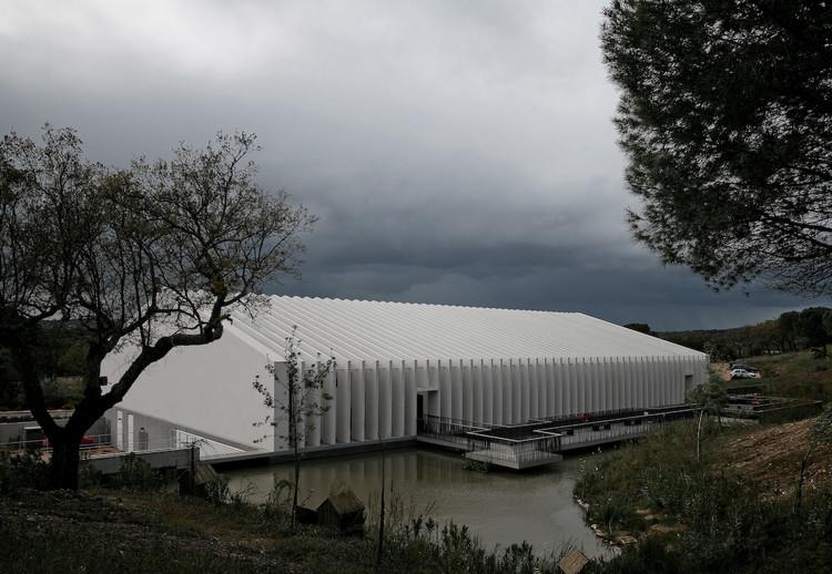 Mora River Aquarium / PROMONTORIO