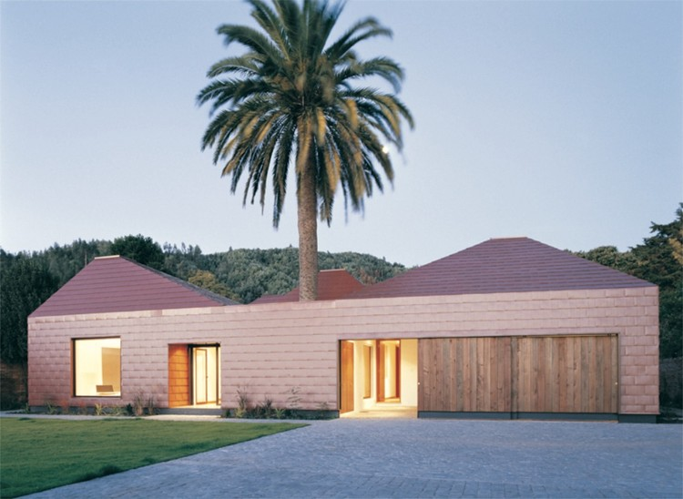 Parr House / Pezo von Ellrichshausen