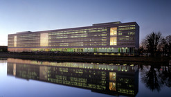 Office building Rijkswaterstaat / Paul de Ruiter Architects