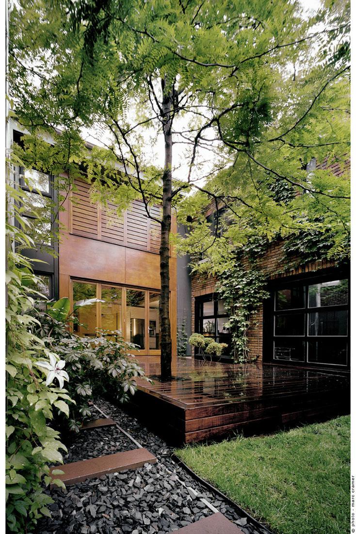 Modern Home Nda By No 555 Architectural Design Office: U House / NDA