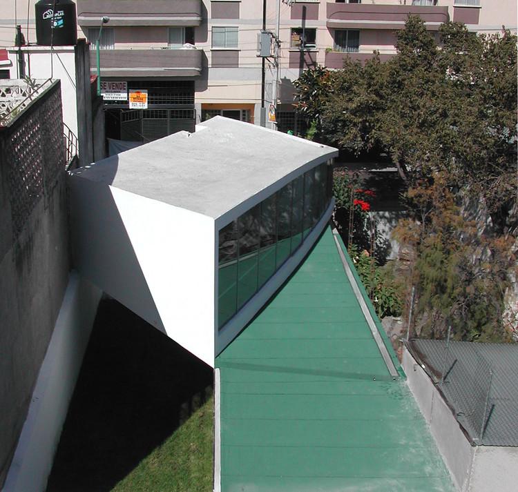 Mixcoac House / PRODUCTORA + FRENTE arquitectura