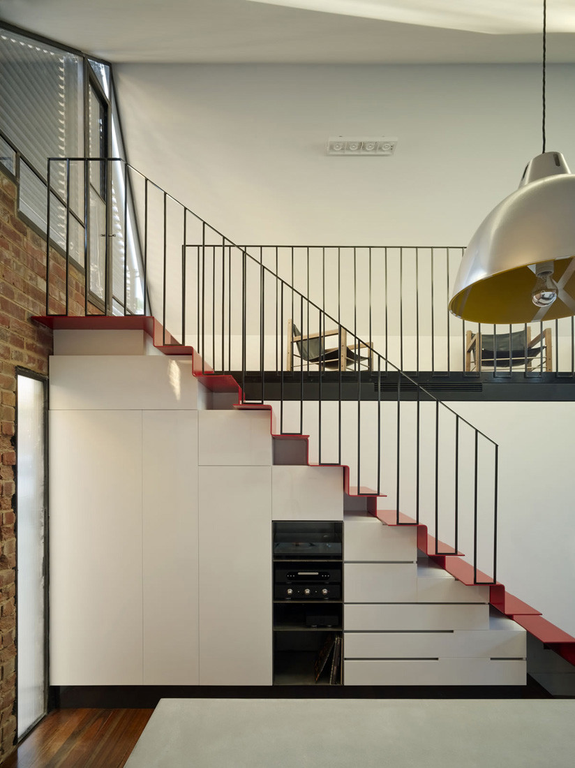 Gallery of vader house austin maynard architects 23 for Duplex house designs in india interior staircase