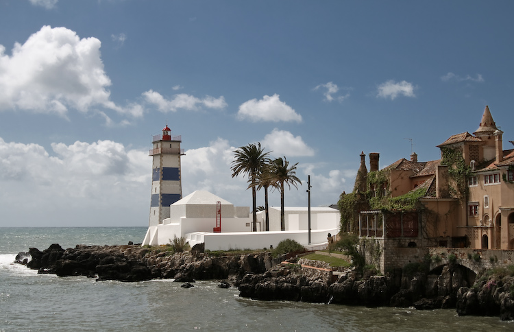 Museu Farol Santa Marta / Aires Mateus
