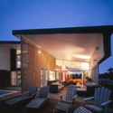 Couran Point house / Arkhefield