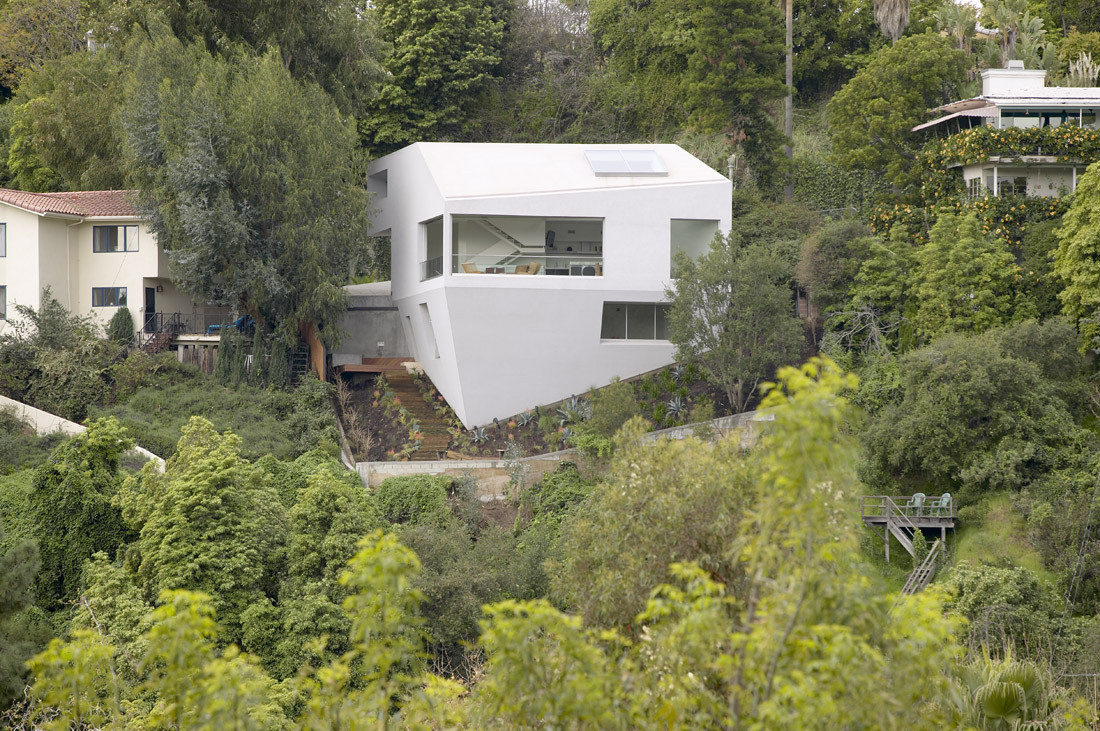Gallery of hill house johnston marklee 2 for Modern house design on hillside