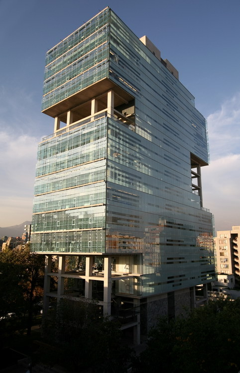 Duoc Corporate Building / Sabbagh Arquitectos