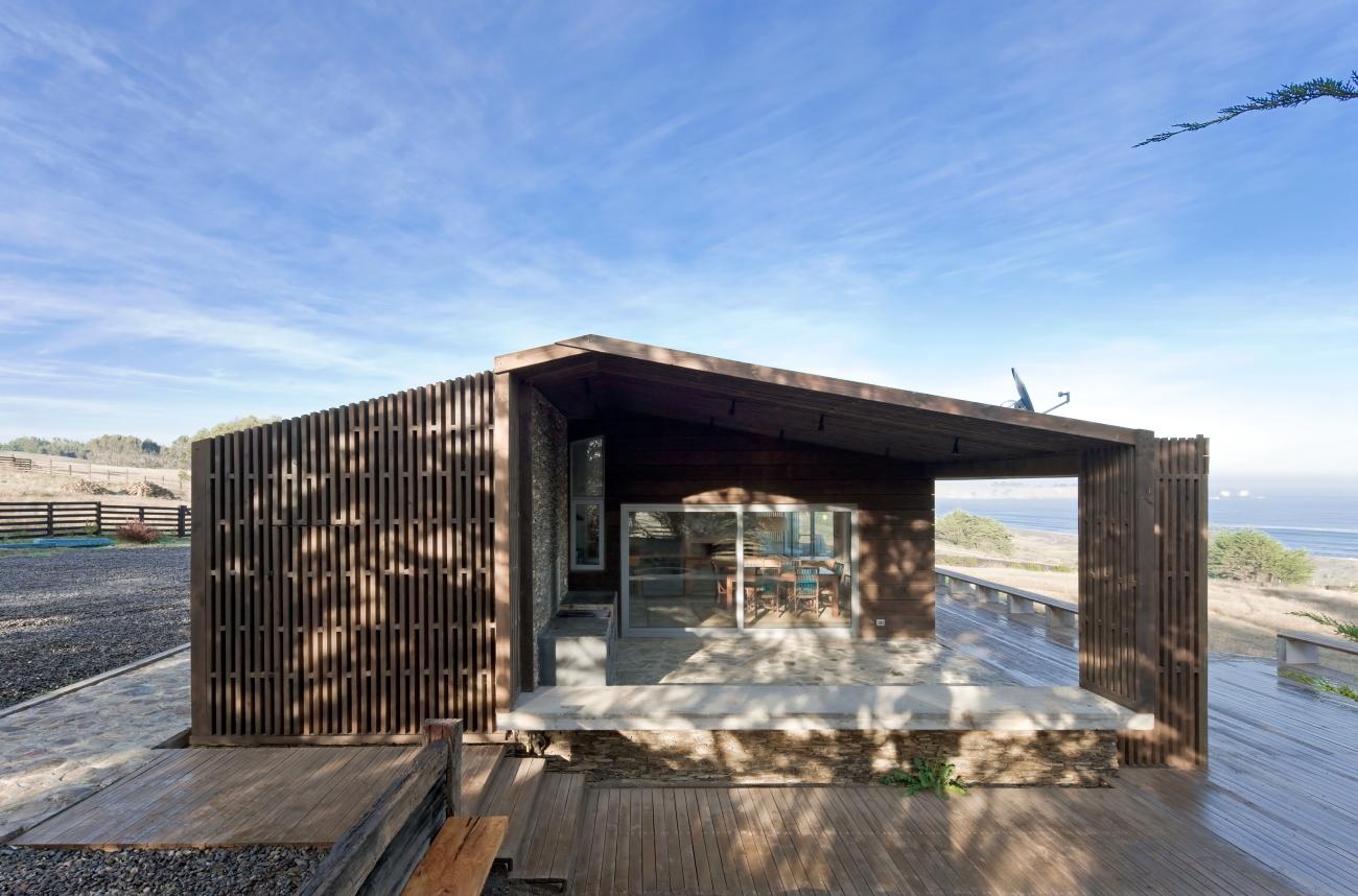 bloco arquitetos articulates brick malva house around secluded pool