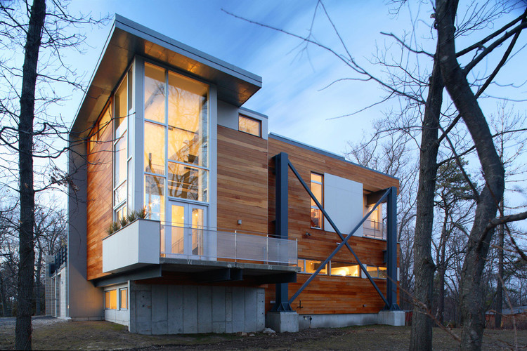 Big Dig House / Single Speed Design