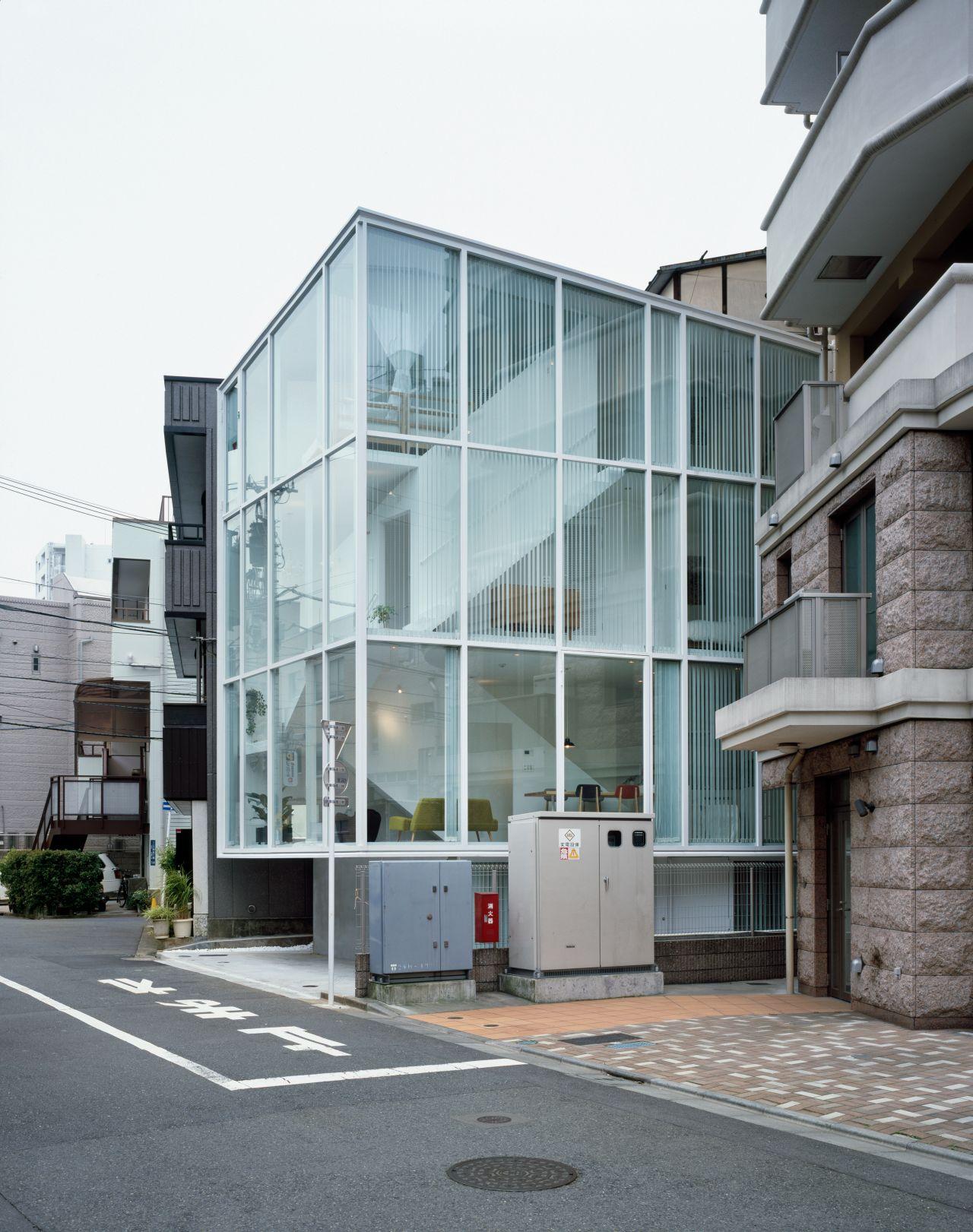 Life in spiral / Hideaki Takayanagi