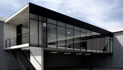 Ofimodul showroom / stación-ARquitectura Arquitectos + Armando Cantú