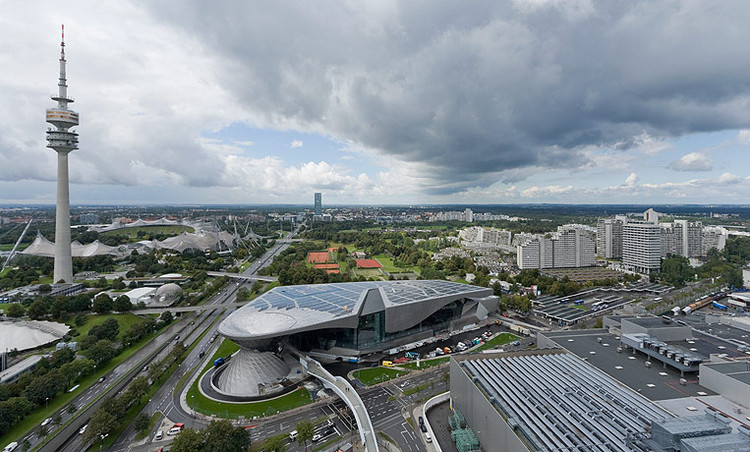 Bmw Welt Coop Himmelb L Au Archdaily