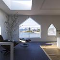 House in Jigozen / Suppose Design Office