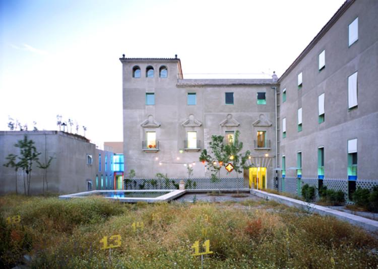 Casa Sacerdotal Diocesana de Plasencia / Andres Jaque Architects