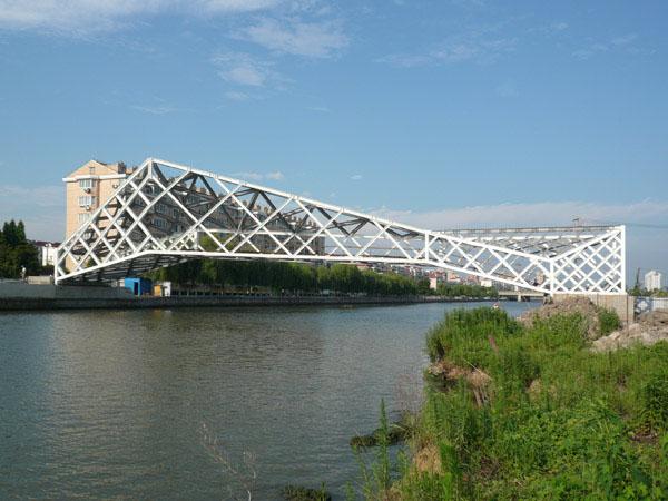 Gallery of Quingpu Pedestrian Bridge / CA-DESIGN - 2