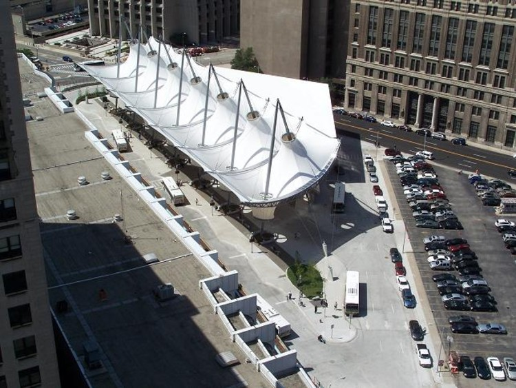 Rosa Parks Transit Center / FTL Design Engineering Studio