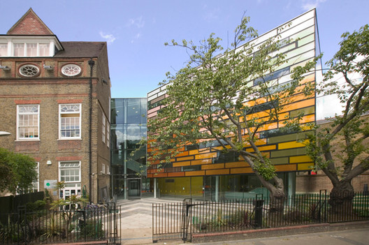Clapham Manor Primary School / dRMM