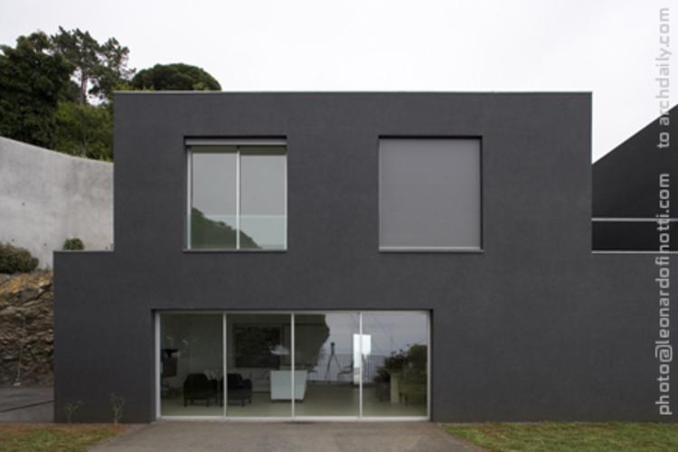 Funchal 05 House / Paulo David + Luz Ramalho