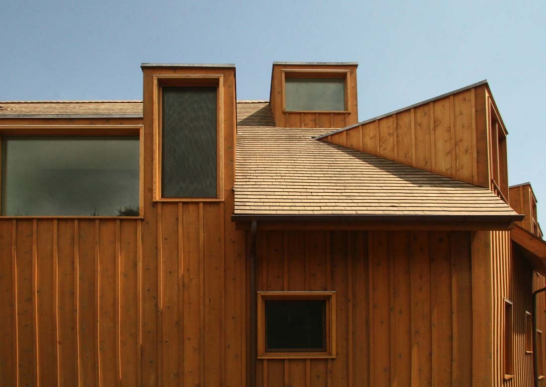 Centrifugal villa obra architects archdaily - Wooden cladding for exterior walls ...