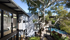Marcus Beach House / Bark Design Architects