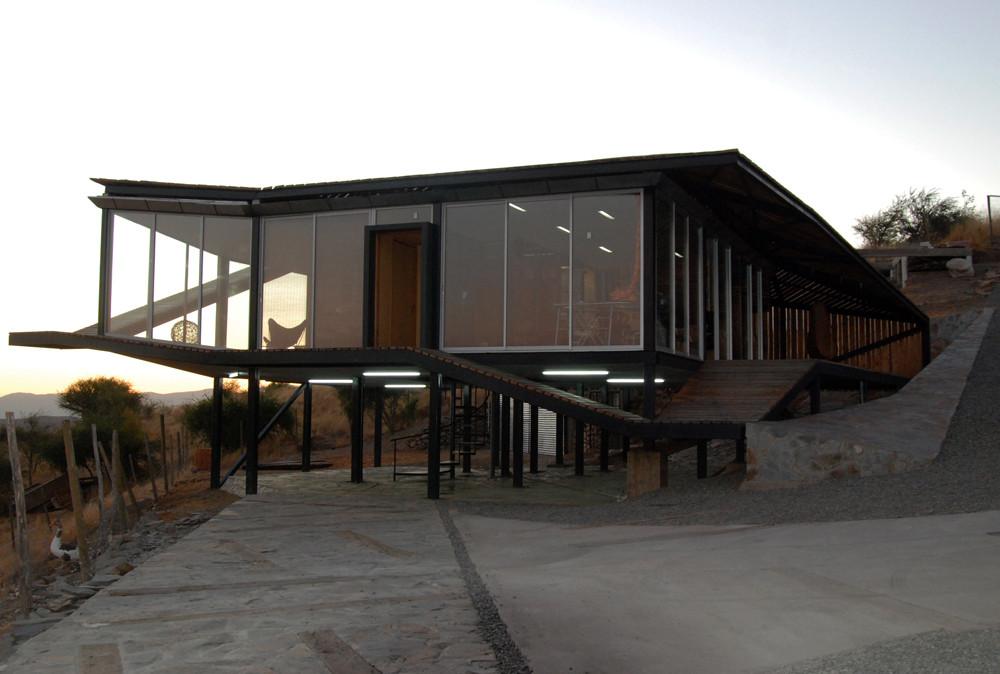 Gallery of kiltro house supersudaka 10 - Pergolas metalicas ...