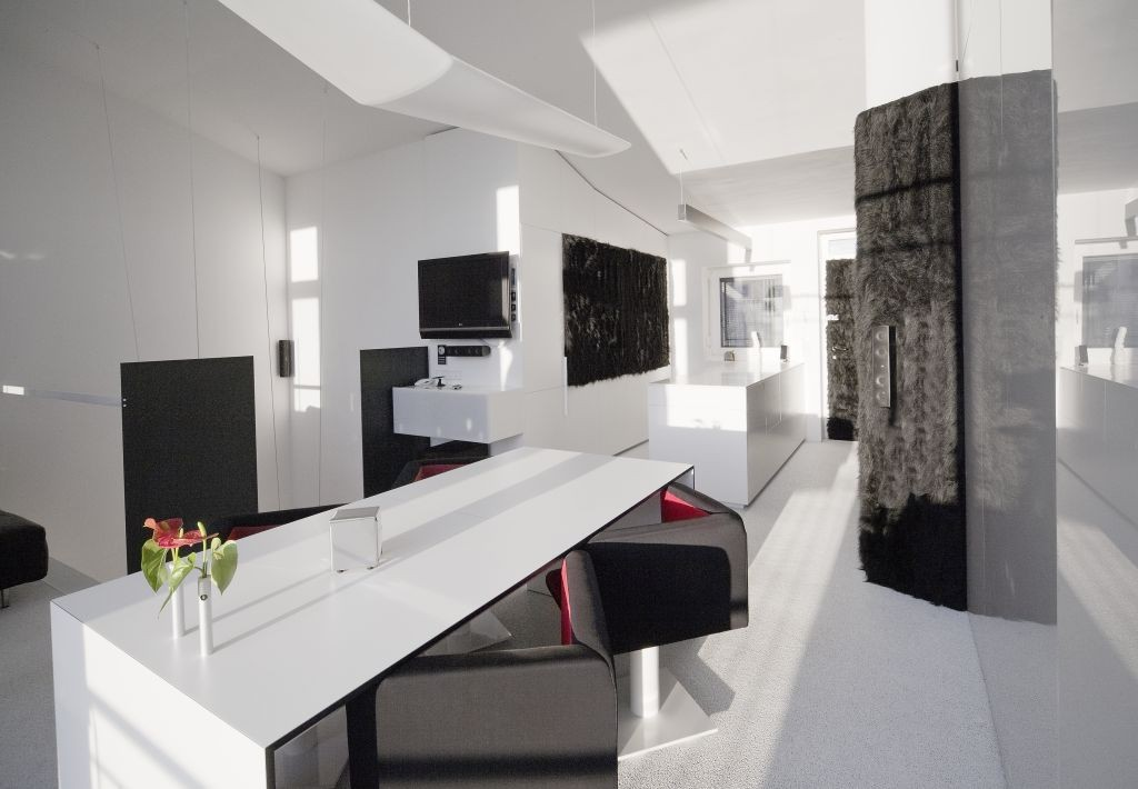 Gallery of office loft f27 schlosser partner 9 for Minimalist concept interior design