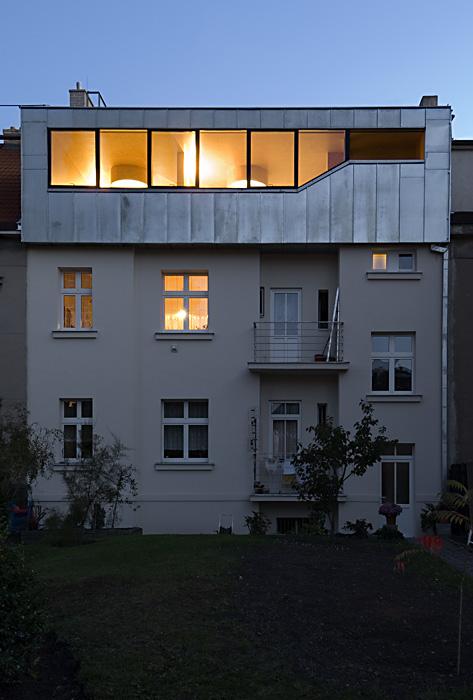 Malvazinky Penthouse / HSH architekti, © Ester Havlová