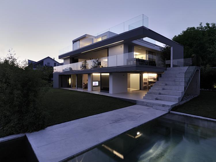 Feldbalz House / Gus Wüstemann Architects, © Bruno Helbling