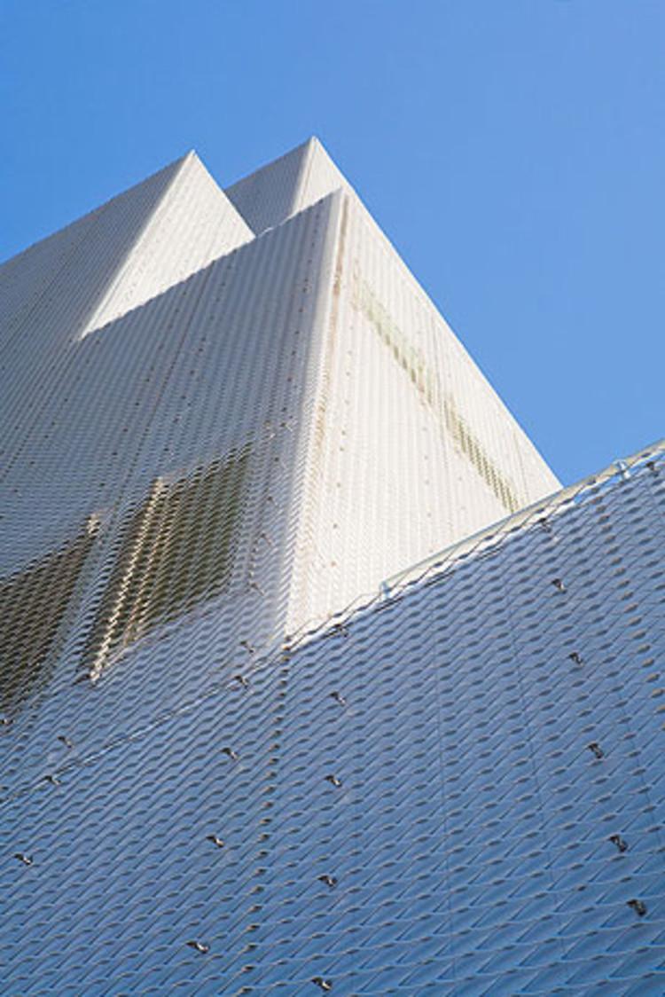 New Art Museum / SANAA