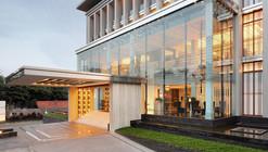 Erha Clinic Surabaya / HMP Architects