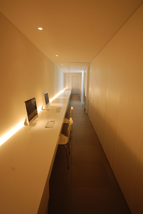 Gallery of minimalist house shinichi ogawa associates 2 - Japan small room design ...