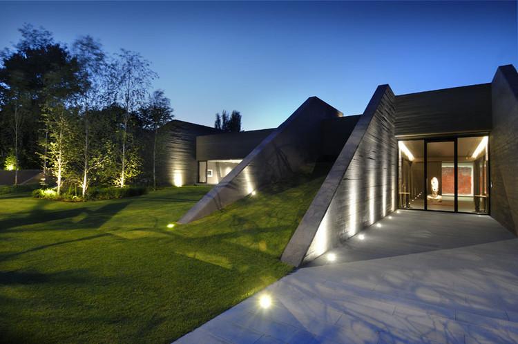 Concrete House II / A-cero, © Luis H. Segovia