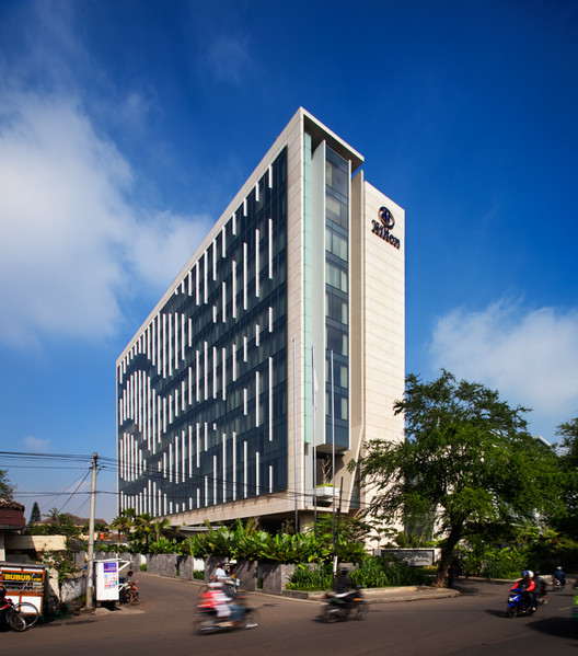 Bandung hilton wow architects warner wong design for Hotel architecture design house