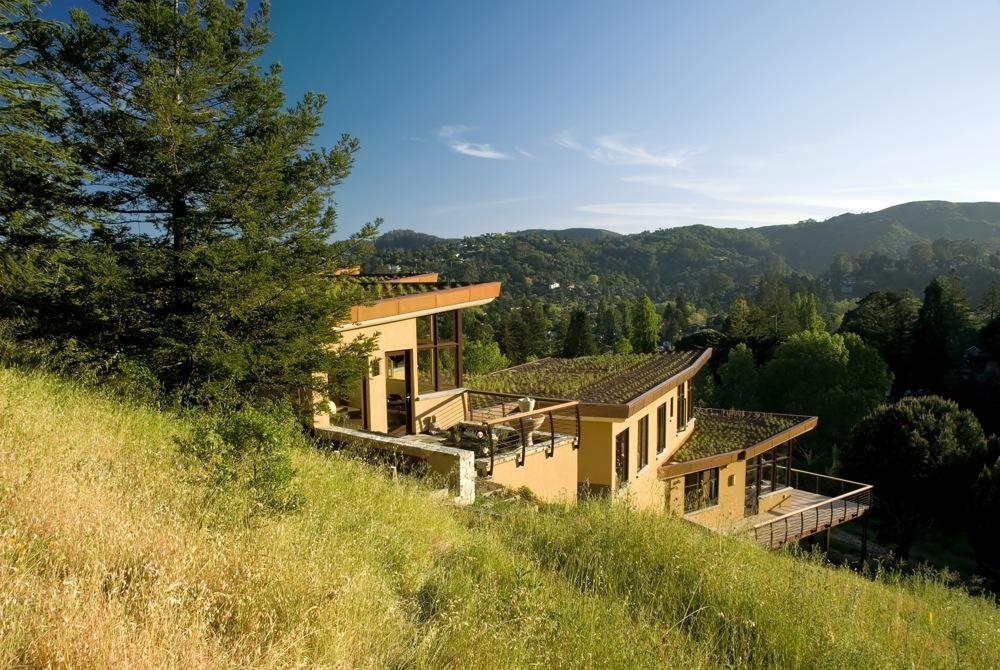 Mill valley hillside mcglashan architecture archdaily for Hillside architecture