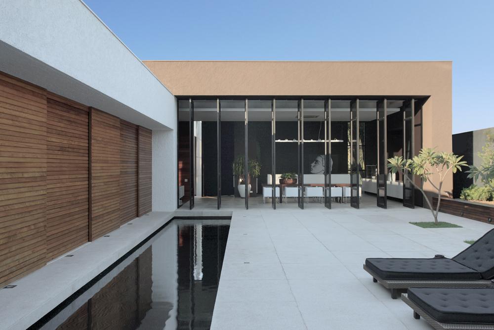 OM House / Studio Guilherme Torres, © MCA Studio