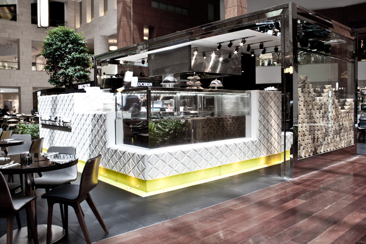 Posh Cafe / Jassim AlShehab, Courtesy of  jassim alshehab
