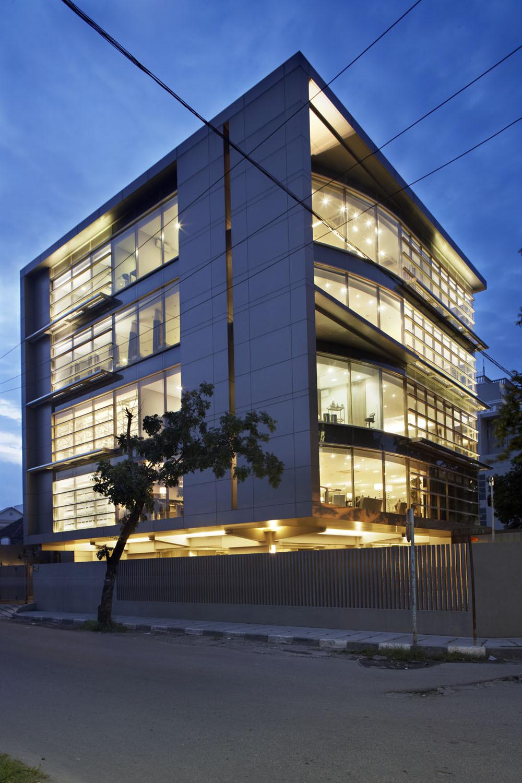 Erha Medan / HMP Architects, © Sonny Sandjaya