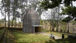 Shiv Temple / Sameep Padora & Associates