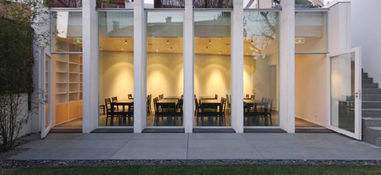 Restaurant + Tea House / Francisco Portugal e Gomes