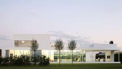Villa VH in T / Beel & Achtergael Architecten