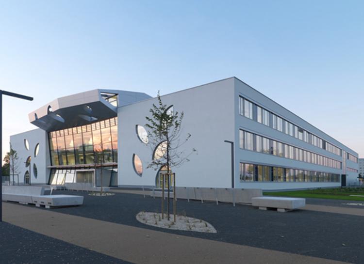 New Schoolbuilding / Atelier Heiss Architekten, © Peter Burgstaller