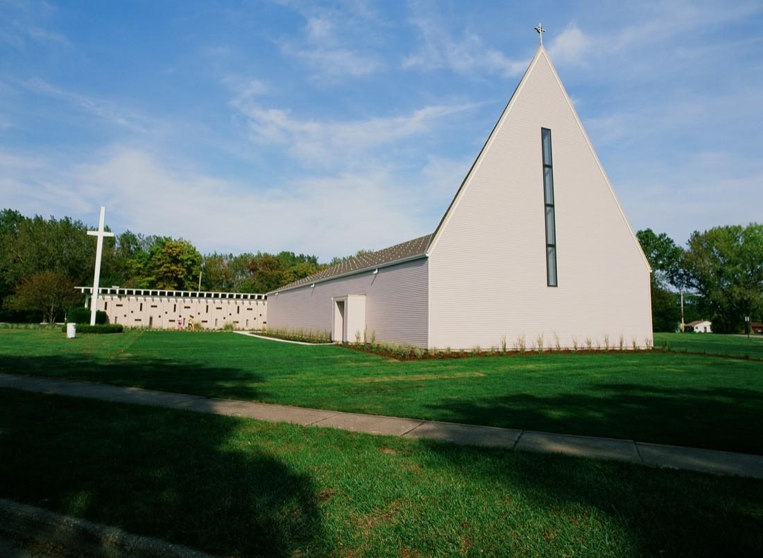 Waukegan Church / STL, Courtesy of STL