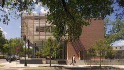 Texas Hillel: The Topfer Center for Jewish Life / Alter Studio