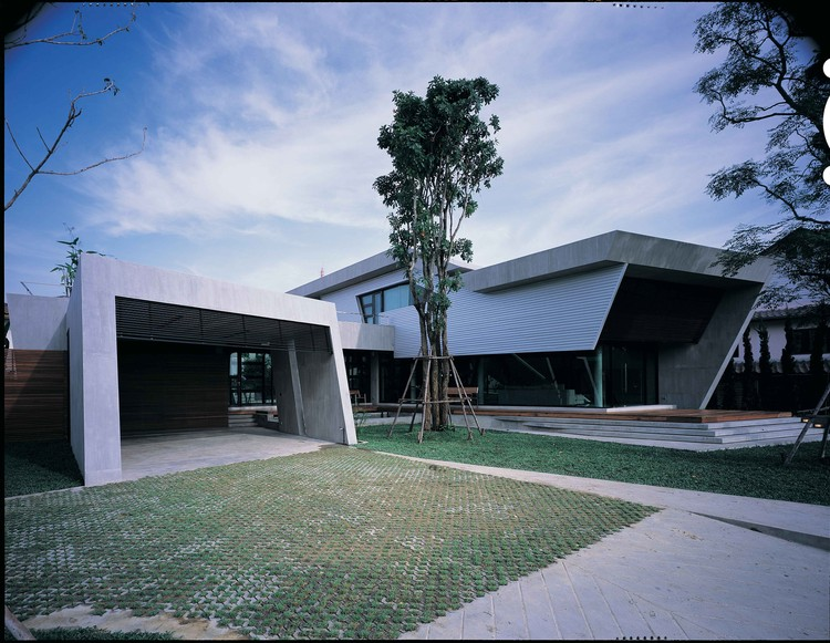 Bunker House Vaslab Architecture