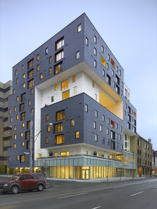 60 Richmond Housing Cooperative / Teeple Architects, © Shai Gil Photography
